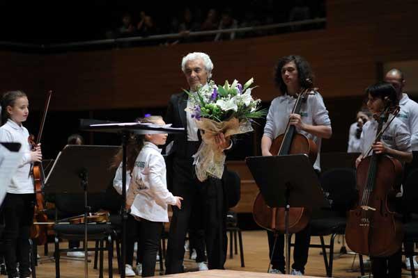 Yorglass sanatı küçük yeteneklerle birleştiriyor: Yorglass Peace Çocuk Orkestrası 2