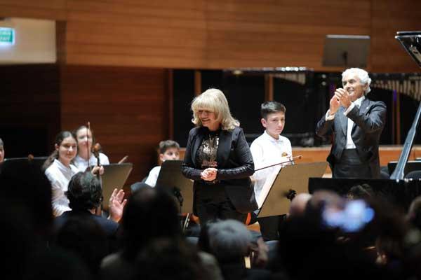 Yorglass sanatı küçük yeteneklerle birleştiriyor: Yorglass Peace Çocuk Orkestrası 5
