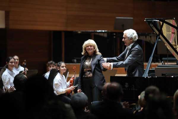 Yorglass sanatı küçük yeteneklerle birleştiriyor: Yorglass Peace Çocuk Orkestrası 7