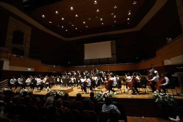 Yorglass sanatı küçük yeteneklerle birleştiriyor: Yorglass Peace Çocuk Orkestrası 10