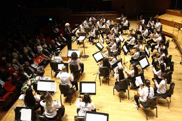 Yorglass sanatı küçük yeteneklerle birleştiriyor: Yorglass Peace Çocuk Orkestrası 11