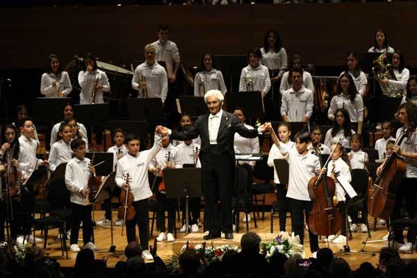 Yorglass sanatı küçük yeteneklerle birleştiriyor: Yorglass Peace Çocuk Orkestrası 12