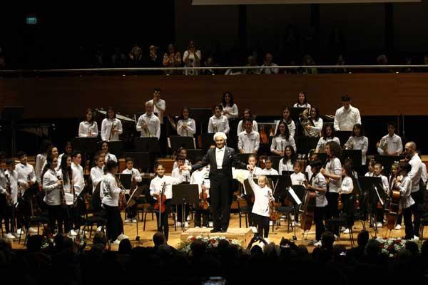 Yorglass sanatı küçük yeteneklerle birleştiriyor: Yorglass Peace Çocuk Orkestrası 13